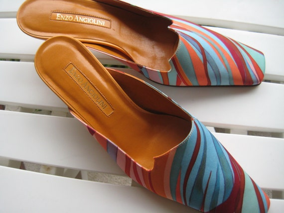 Hip and Chic Enzo Angiolini Mules