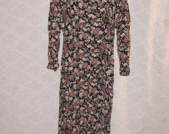 Vintage 1980's - E. D. Michaels Floral Dress - Size 13-14 - Grunge Floral print  red and pink flowers long sleeved maxi dress