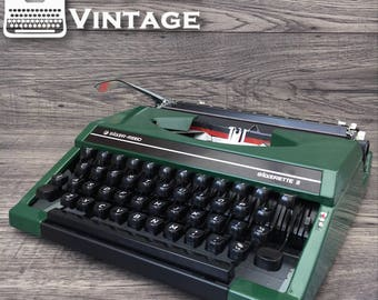 Serviced Silver Reed Silverette II Green Typewriter WORKING black red ribbon