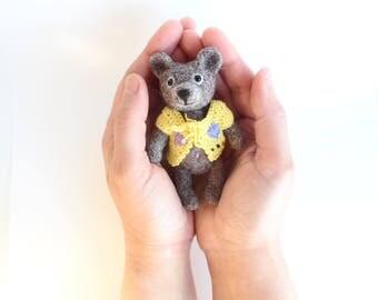 Needle Felted Teddy Bear, OOAK Teddy Bear, Miniature Teddy, Mini Bear, Art Toys, Little Bear, Wool Felt, Felted Toys, Sweet Gift for Her