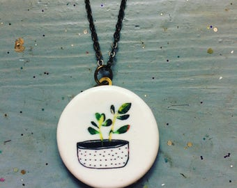 Ceramic plant necklace