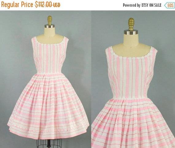 SALE 15% STOREWIDE 1950s striped cotton dress/ 50s pink and white floral summer sundress/ small