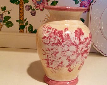 Maxcera Vase Rose Toile Flowers Collectible Vintage