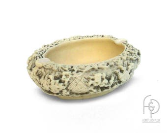 Carved Faux Ivory Oval Asian Style Catchall/Jewelry Dish/Ashtray
