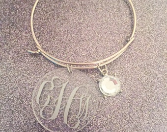 Monogrammed bangle bracelet in gold or silver. Bangle bracelet with initials in your choice of color!