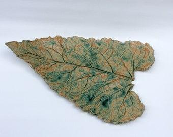 Ceramic leaf, ceramic art, home decor, unique gifts, leaf platter, gift for men, ceramic sculpture, leaf plate, gift for her, gift for women