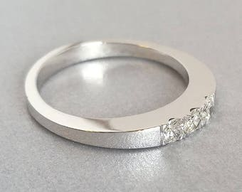 3 Stone Mothers Ring, 3 Diamond Ring, 3 Stone Diamond Ring, Unique Diamond Ring, Three Stone Diamond Ring
