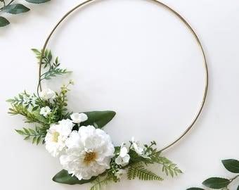 Greenery Modern Wreath- Greenery Wreath- White Nursery- Hoop Wreath- Nursery Wall Decor- Bridal Flower Hoop- Door Wreath- Wall Hanging-Daisy