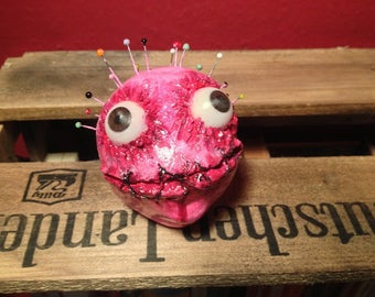 "OOAK Monster sculpture dream catcher horror Doll ""Voodoo Gurl"""
