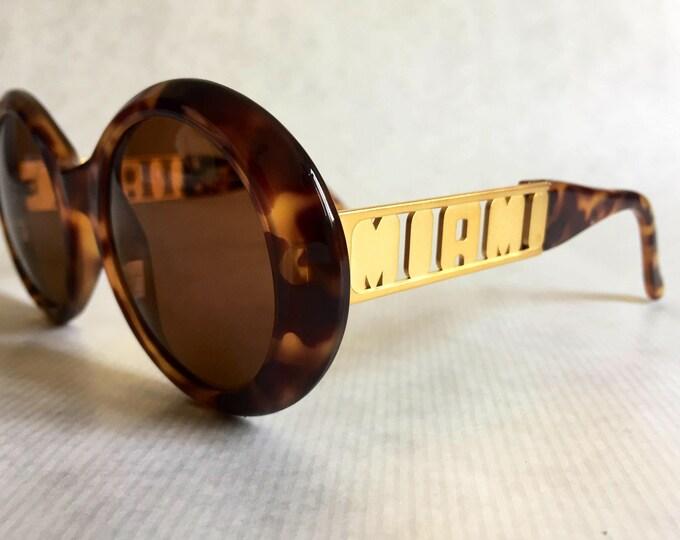 Gianni Versace 526/M MIAMI Vintage Sunglasses New Unworn Deadstock including Versace Case