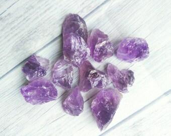 1 x Rough amethyst chunk. Natural amethyst crystal, unpolished. Lilac amethyst.