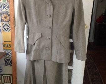40's wool gabardine houndstooth skirt suit, maroon, blue, ivory