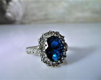 Sterling Silver Ring, Princess Di, Kate Middleton, Blue Sapphire Replica, Halo Ring, Blue Silver Ring, Blue Ring, Vintage Ring – Size 8