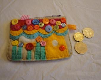 felt coin purse, cottage-design purse, zip-top money pouch, travel jewel wallet, multi-color purse, bright coin pouch, mini cosmetic bag