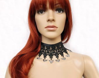 Gothic lace collar with bats