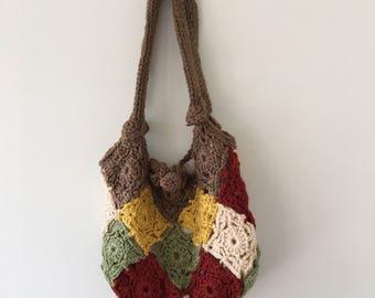 Vintage Crochet Purse/Handbag // Hippie purse // Hobo Bag // Crochet Bag