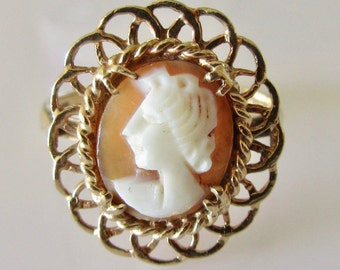 Vintage 9ct Gold Cameo Ring