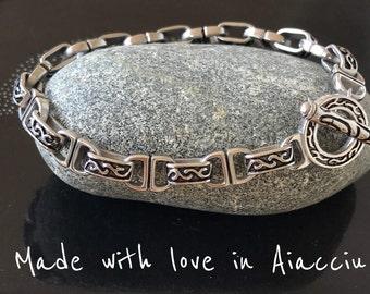 Human chain cawi reasons (vintage steel links) bracelet