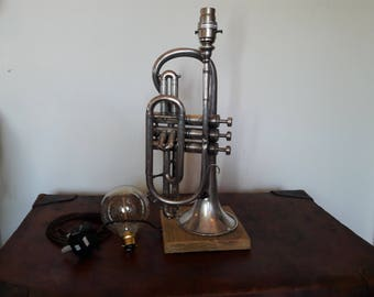Vintage trumpet / cornet table lamp