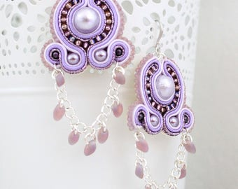 Lilac and violet soutache earrings with Miyuki pearls. Handmade. Customization available. Dangly earrings