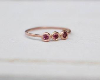14 k Rosé Gold stackable Ring with Rhodolithe Garnet