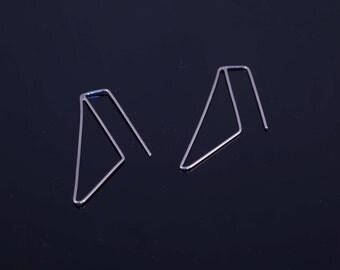 Minimal triangle earrings, minimalist long earrings dangling, triangle geometric earrings, sterling silver dangle earrings, casual earrings