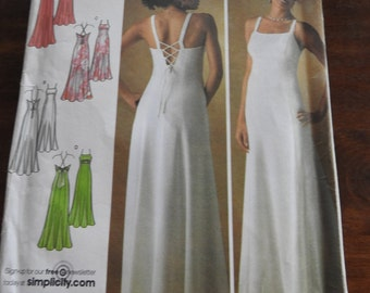 Simplicity 4143 Women's Elegant Summer Evening Gown Sewing Pattern