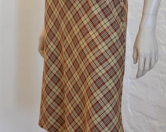 Vintage 80s Tartan Plaid Skirt - Brown Skirt - Below The Knee - Plaid Skirt - Plaid Punk Rock And Roll - Size Small - A Line - Made in Italy