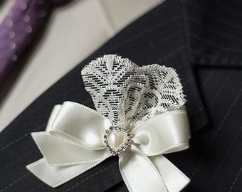 2 Lace Ribbon Boutonnieres Vintage Wedding Brooch, Buttonholes, Father of the Bride Father of the Groom, Groom Groomsmen Ivory Boutonnieres