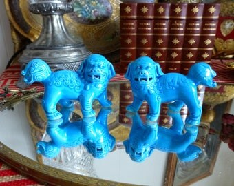 Vintage Pair Turquoise Blue Procelain Foo Dogs Guardian Shi Lion Chinoiserie Ceramic Fu Dogs