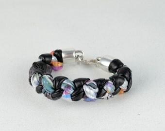 black and multicolor, bracelet bracelet in fabric, braided bracelet, original bracelet, bracelet light and comfortable