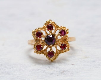 Gold Garnet Flower Ring | Yellow Gold Ring | Antique Jewelry | Antique Jewellery | Flower Ring | Garnet Ring | Vintage Ring |Vintage Jewelry