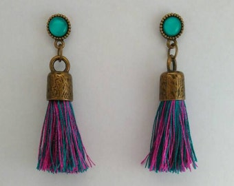 Medieval descent into bronze with tassel colors