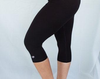 Onyx 3/4 Length Yoga Pants/Yoga/Womens Black Yoga Tights/Yoga/Black Roll Top Yoga Tights/Capri Yoga Pants/Womens Yoga Clothes/Yoga/Yoga/Yoga