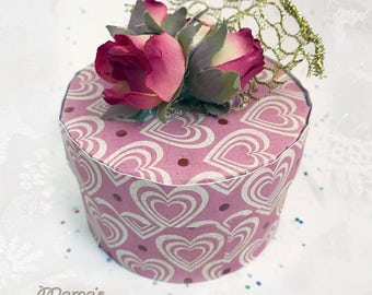 "Pink Hearts and Roses Paper Mache Jewelry Box, 3.5""w x 2""h, Vintage Looking, Valentines, Gold Wire Ribbon, Birthday Gift, Anniversary, Love"
