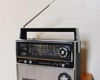 Vintage SONY TFM8000W am fm sw psb Radio perfect working order FREE CONUS shipping