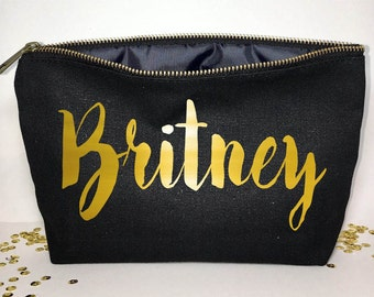 Personalized Makeup bag - Wedding favors  -  cosmetic bag- zipper pouches - Birthday gift- makeup bag - Canvas bags