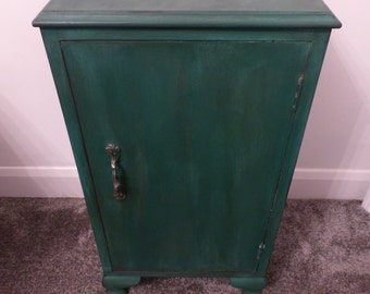 Shabby Chic Cabinet// Cupboard// Table// Storage// Home Sweet Home// Furniture// The Little House of Vintage