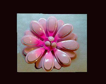 Vintage pink flower power pin. FROM 1960'S