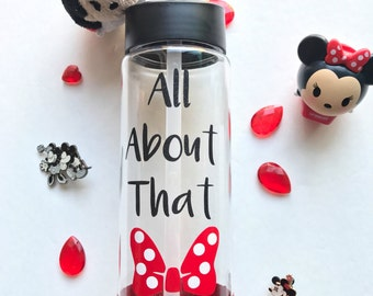 All about that Bow~ Minnie Mouse~ Disney~ Water Bottle~ Glitter~ Disneyland~ Disney World~ Valentines