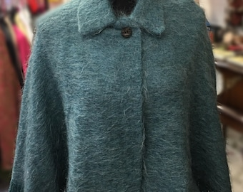 1950's cape / light green with fringing / collar and button / mohair and wool winter cape / retro vintage / jacket