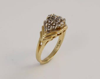 14k Yellow Gold Diamond Ring Size 6 (01102)