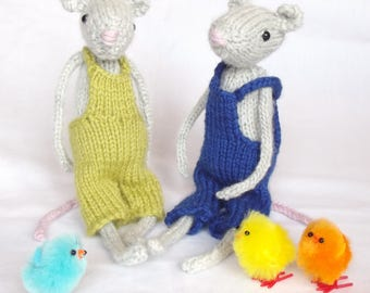 Hand knitted Mouse collectable, Woodland creature collection, Personalised name tag