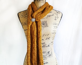 Versatile Knit Clip Scarf