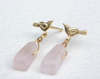 Rose quartz lovebird earrings