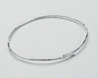 Sterling Silver Textured Overlap Bangle
