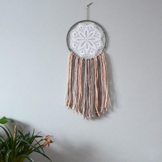 Dream Catcher/Dreamcatcher/Doily Dreamcatcher/Wall art/Wall decor/Wall hanging/Home decor/Bedroom decor/Nursery decor