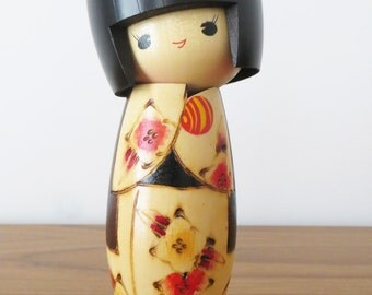 Vintage Japanese Kokeshi Doll with Flowers