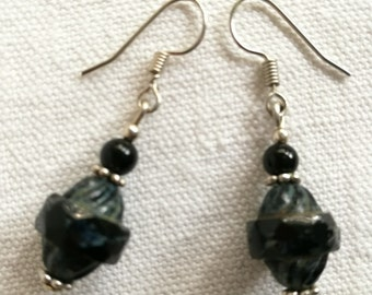 Black and Silver earrings / free shipping