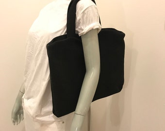 Laptop friendly sturdy bag